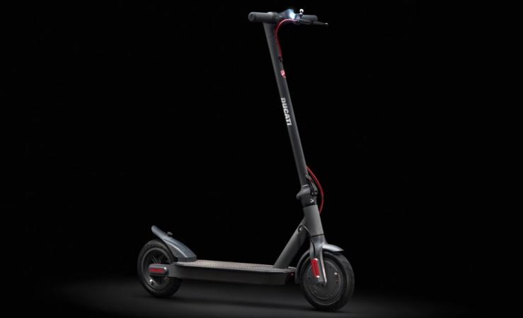 Ducati lanseaza scooter-ul electric Ducati PRO-I EVO